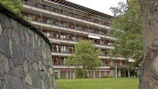 Clinique bernoise de Crans-Montana: le directeur réagit à propos des suicides évoqués