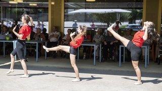 Une école de danse de Monthey offre son spectacle de fin d'année aux homes valaisans