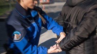 Vols et dégâts à Sembrancher: deux jeunes interpellés