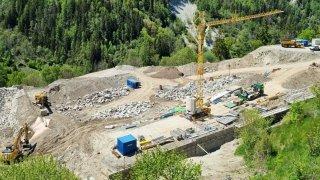 Vissoie: la construction du nouveau terrain de football bat son plein
