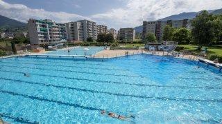 Les piscines en plein air de Sion ouvrent samedi, avec des tarifs en hausse