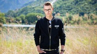 De Versace à l'uniforme: le Valaisan Thibaud Emery, mannequin international, change de vie