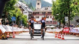 Cyclisme: deux Valaisans, main dans la main, devant tous les Italiens