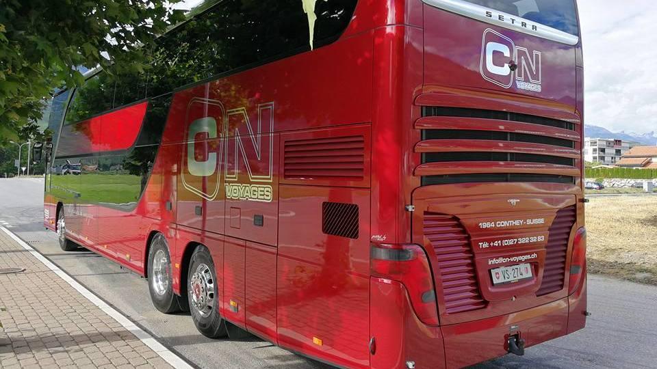 A cause de la baisse d'activité, l'entreprise de transports CN Voyages à Conthey a dû réduire sa flotte de bus, passant de cinq à trois véhicules.