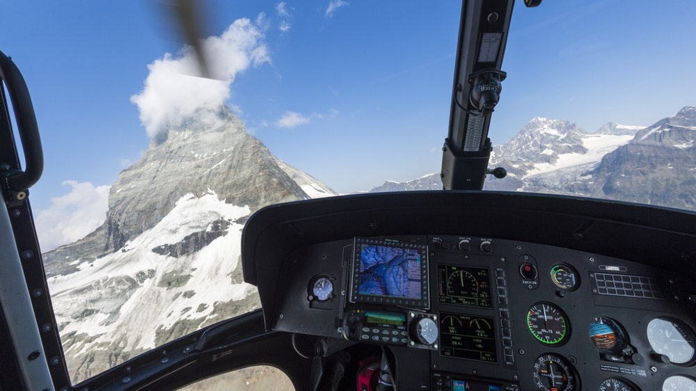 Les packs VIP peuvent contenir des vols en hélicoptère, des séjours à l'hôtel et des repas gastronomiques.