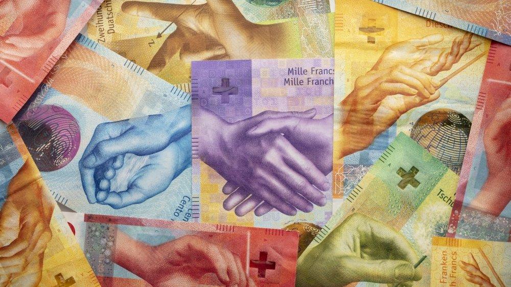 Selon les initiants, ce nouvel impôt pourrait rapporter jusqu'à 10 milliards de francs.