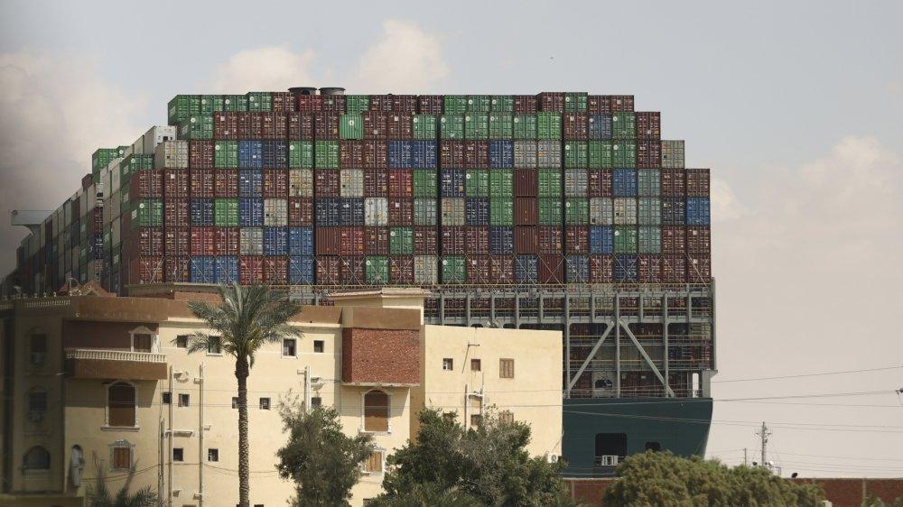 Les effets du blocage du canal de Suez, en mars, par le porte-conteneurs «Ever Given» se font encore sentir sur le trafic maritime mondial.