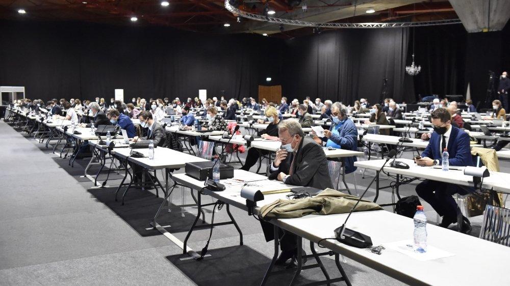 L'assemblée constituante entamera la première lecture du texte cet automne.