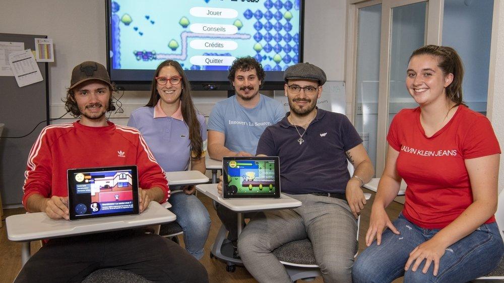 De g. à d.: Noé Barras, Amélie Torrent, Jeff Zufferey, Samuel Pinto Da Silva et Mélanie Rais ont inventé Epilepsim, un jeu vidéo à l'attention des jeunes souffrant d'épilepsie.