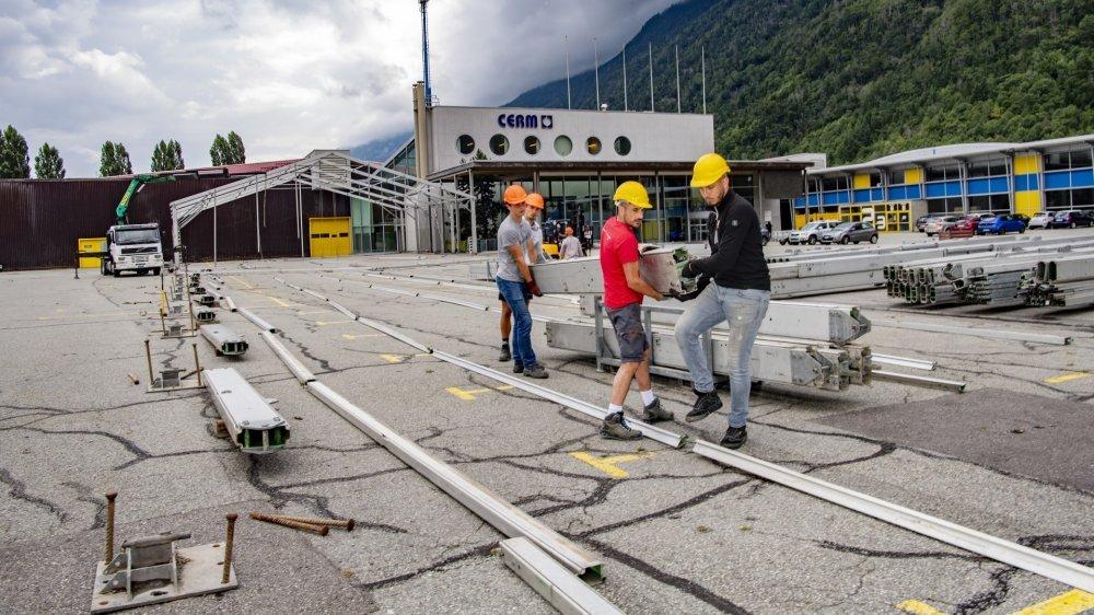 Le montage des infrastructures de la Foire du Valais 2021, qui aura lieu du 1er au 10 octobre,  est en cours depuis quelques jours.