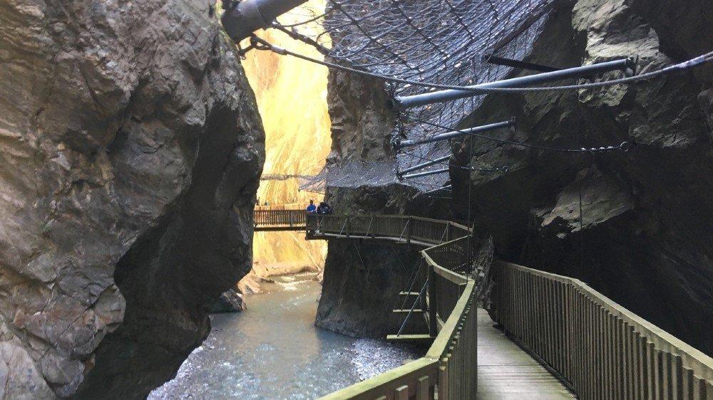 Le parcours actuel de la visite des gorges du Trient, l'un des quinze sites figurant dans l'inventaire du patrimoine naturel et culturel de la commune de Vernayaz.
