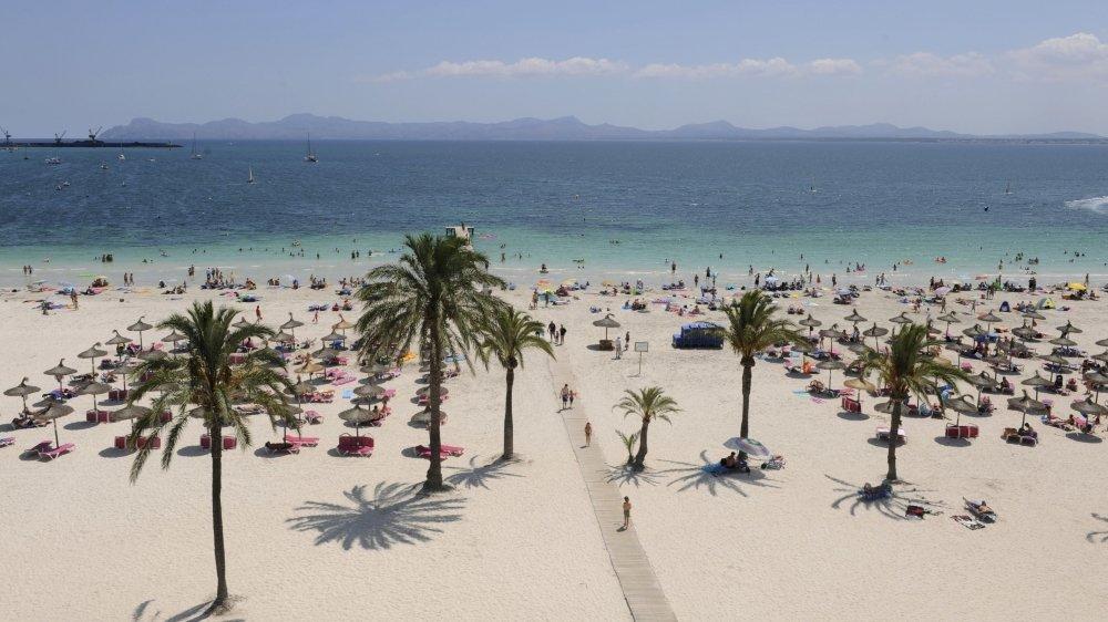 Les plages de Majorque attirent beaucoup de Suisses, cet été.