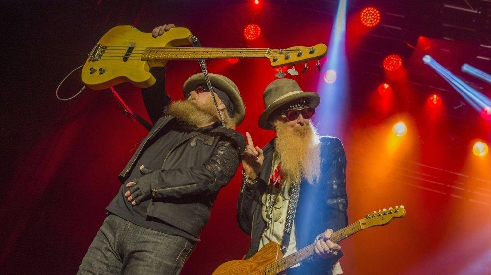 Dusty Hill et Billy Gibbons sur la scène du Sierre Blues le 8 juillet 2017.