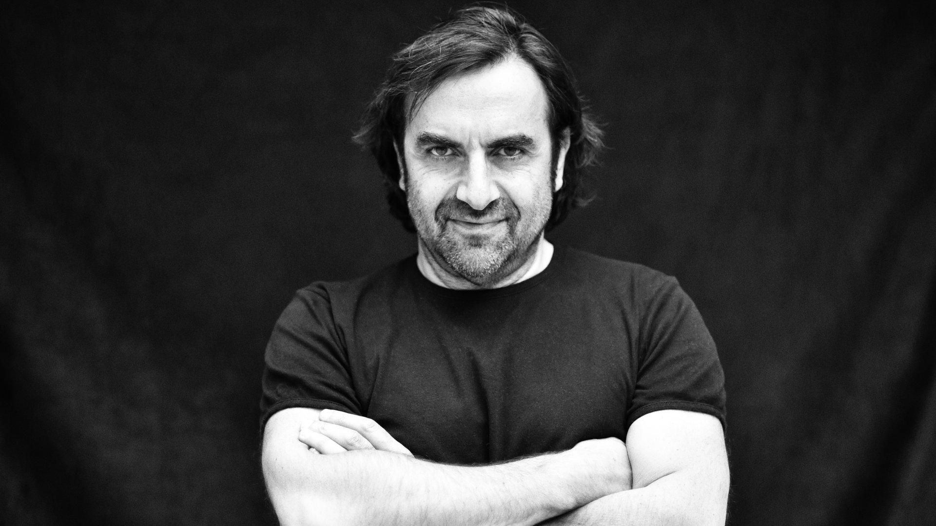 André Manoukian aime jouer les passeurs entre Orient et Occident.