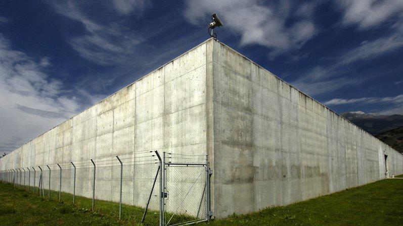 Deux suicides qui interpellent à la prison des Iles à Sion