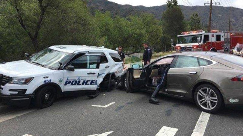 Enquête ouverte sur «l'autopilote» de Tesla après des accidents