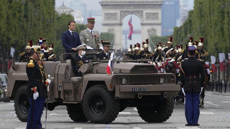 France: dernier défilé du 14 juillet pour le président Macron