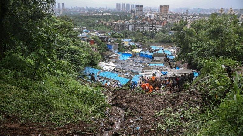 A Chembur, un arbre déraciné est tombé sur un mur qui a enseveli plusieurs habitations et 21 corps ont été récupérés dans les décombres, a annoncé la Force de réponse aux catastrophes naturelles (NDRF).