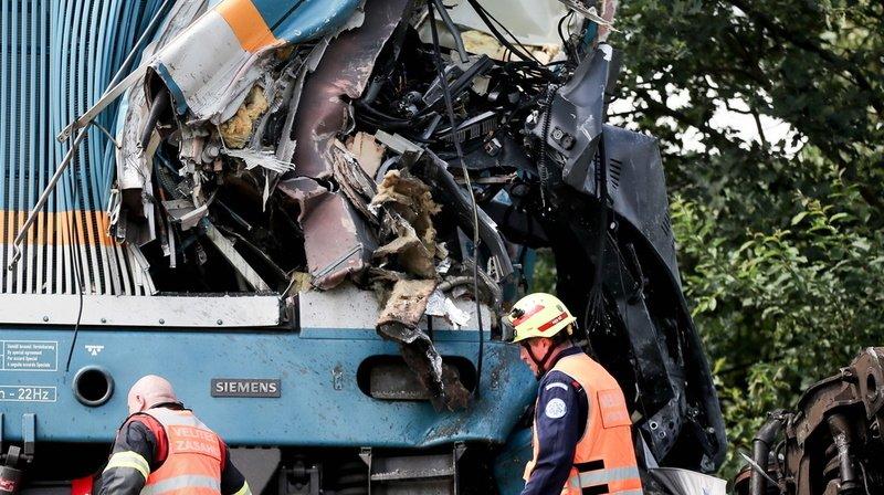 Accident detrain en Tchéquie: le bilan s'alourdit à trois morts et près de 40 blessés