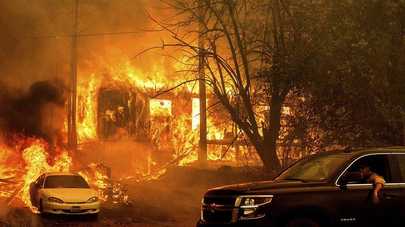 DixieFiredevient le 2e plus grand feu de l'histoire californienne