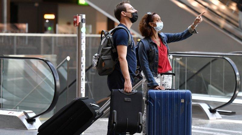 Voyages en avion: certaines destinations, comme l'Espagne, n'exigent pas de contrôles