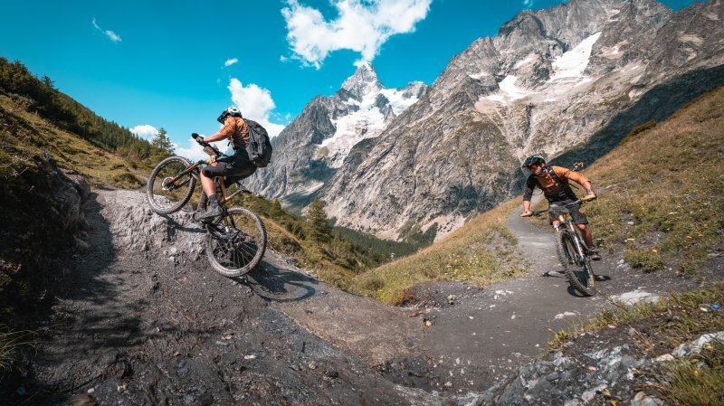 Un binôme français vainqueur de l'E-Tour du Mont-Blanc à Verbier