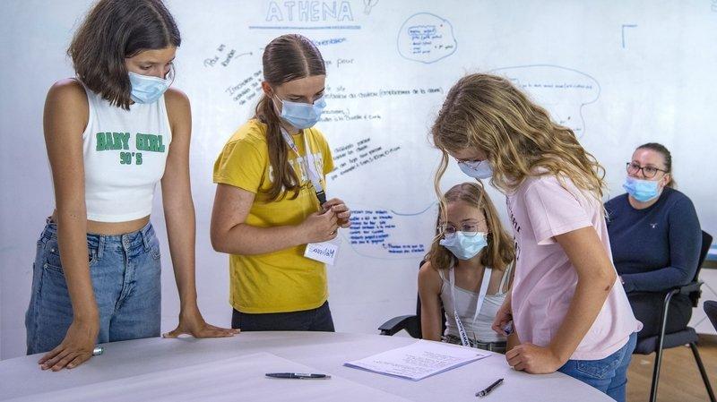 Sierre: des adolescentes initiées à l'entrepreneuriat en équipe lors du camp d'été de la HES-SO