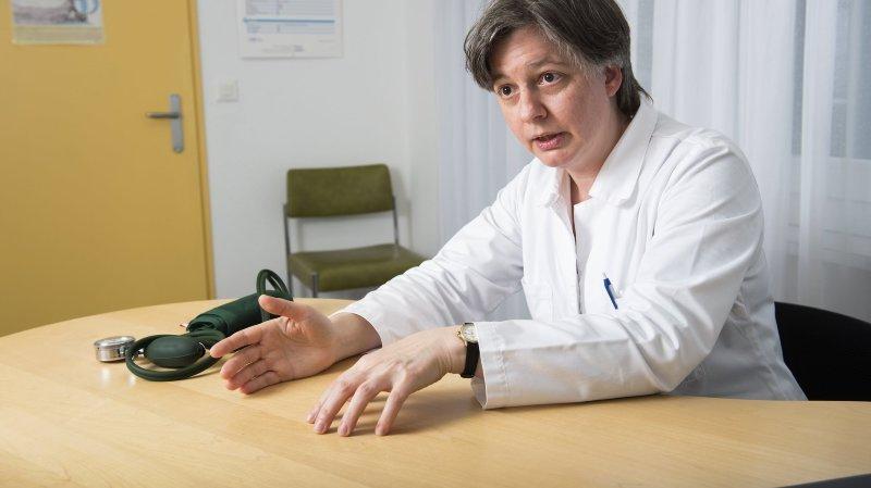 Présidente des médecins valaisans, Monique Lehky Hagen recommande le port du masque à l'école