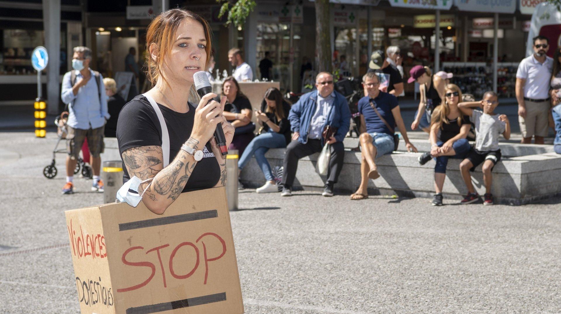 Violences domestiques: une Valaisanne incite les victimes à oser sortir du silence