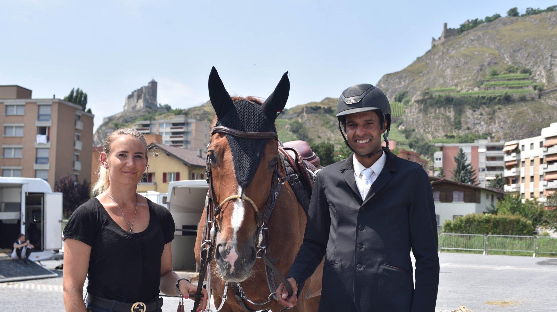 De nouvelles têtes à l'école d'équitation au manège de Sion