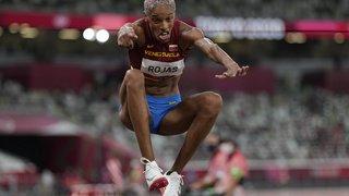 JO 2021 - Athlétisme: l'or et le record du monde pour Rojas au triple saut