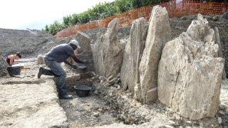 A Saint-Léonard, la découverte de 13 menhirs réveille l'intérêt pour le patrimoine