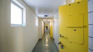 Prison de Crêtelongue: le gardien de prison dormait durant son service de nuit