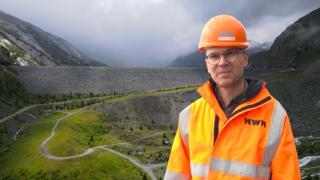 Au cœur des monstres de béton (5/5): Mattmark, un barrage sans béton mais avec une lourde histoire