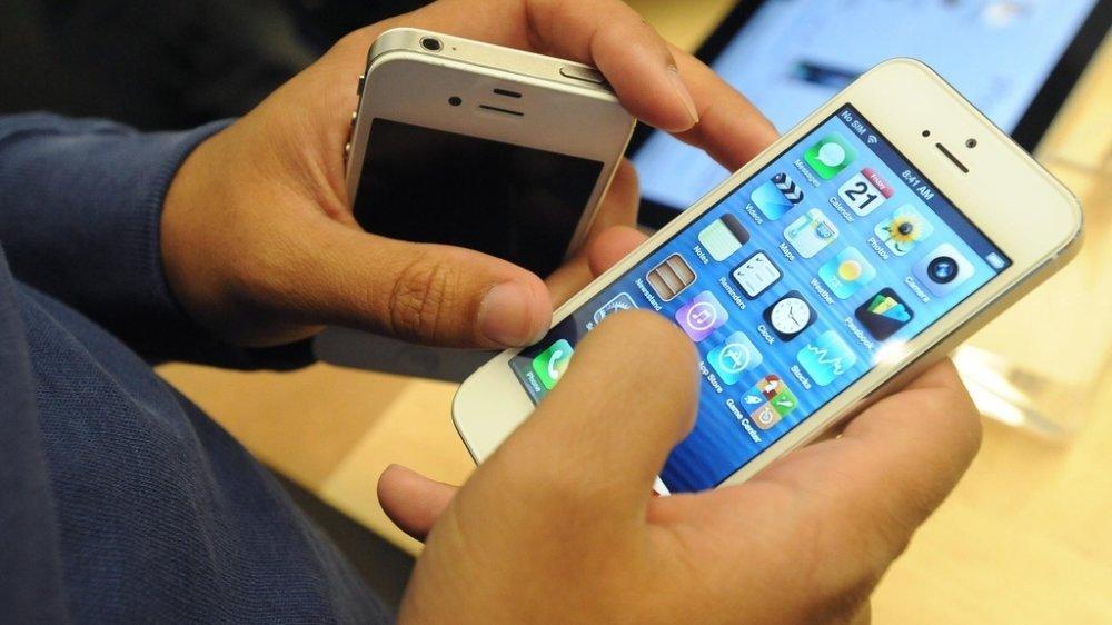 Les iPhone 4S non mis à jour depuis plusieurs années sont notamment concernés.