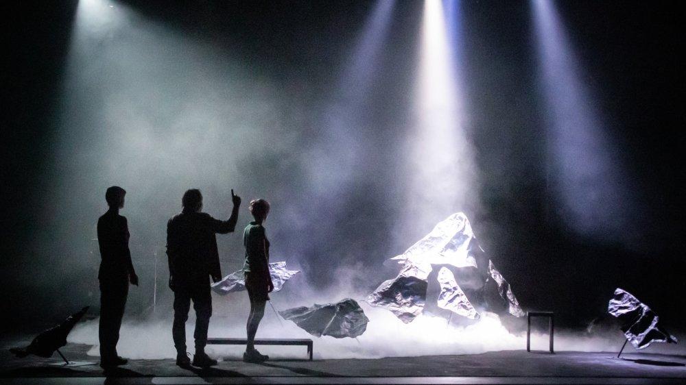 «Versant Rupal» est mis en scène par Olivier Werner.
