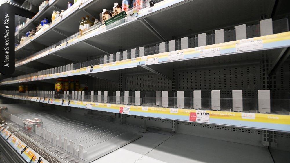 Nombre de secteurs ont des difficultés à s'approvisionner, comme ici dans un supermarché.