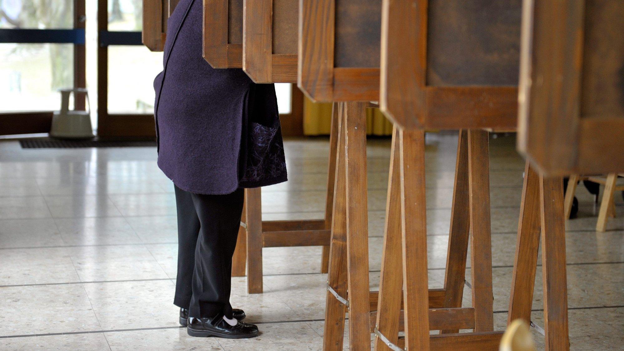 Dans les conditions pour voter figurent une certaine durée de séjour ou un permis d'établissement (illustration).