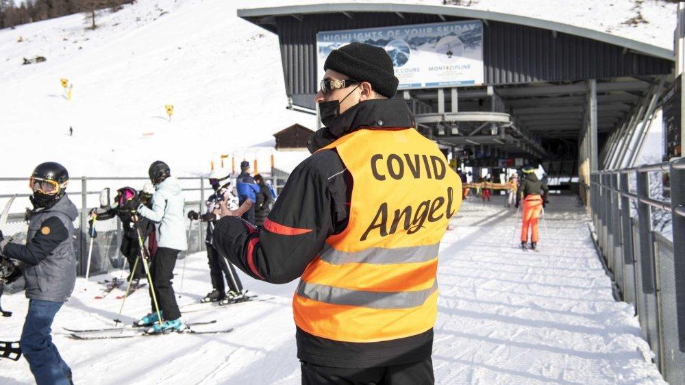 Didier Défago rappelle qu'avec les mesures mises en place l'hiver dernier en Valais (ici à Nendaz), aucune infection n'a été à déplorer sur nos domaines skiables.