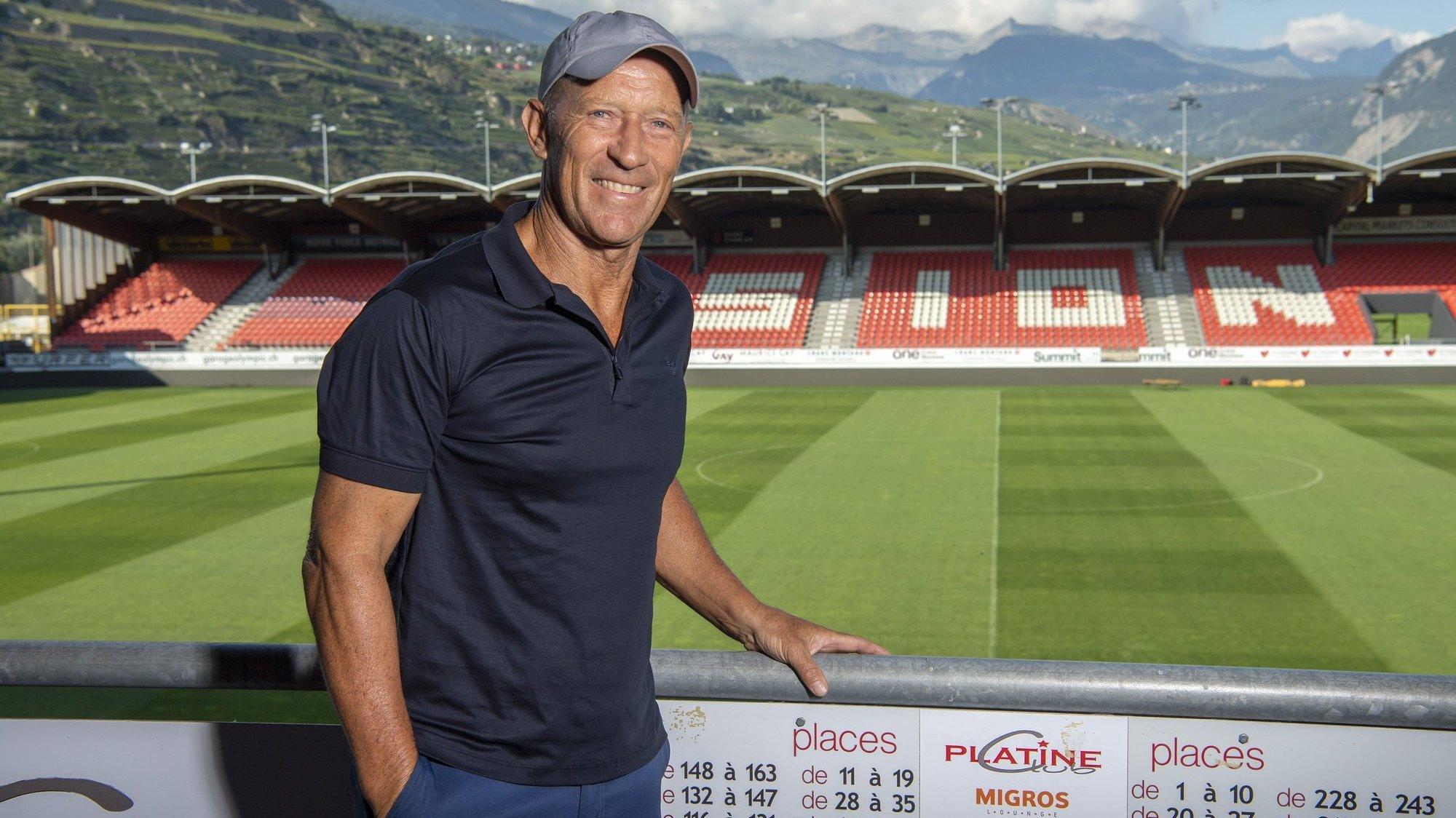 Gabriel Calderon redécouvre le stade de Tourbillon où il avait fêté le premier titre de champion  du FC Sion en 1992.