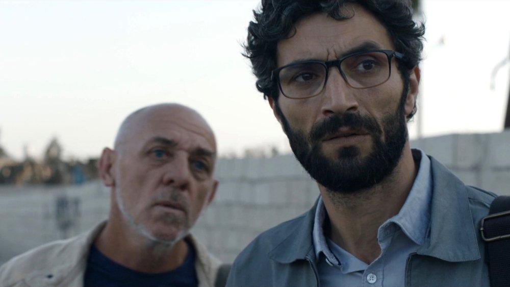 L'acteur palestinien Ziad Bakri incarne un interprète syrien qui ne peut plus retourner dans son pays, sous peine de mort…
