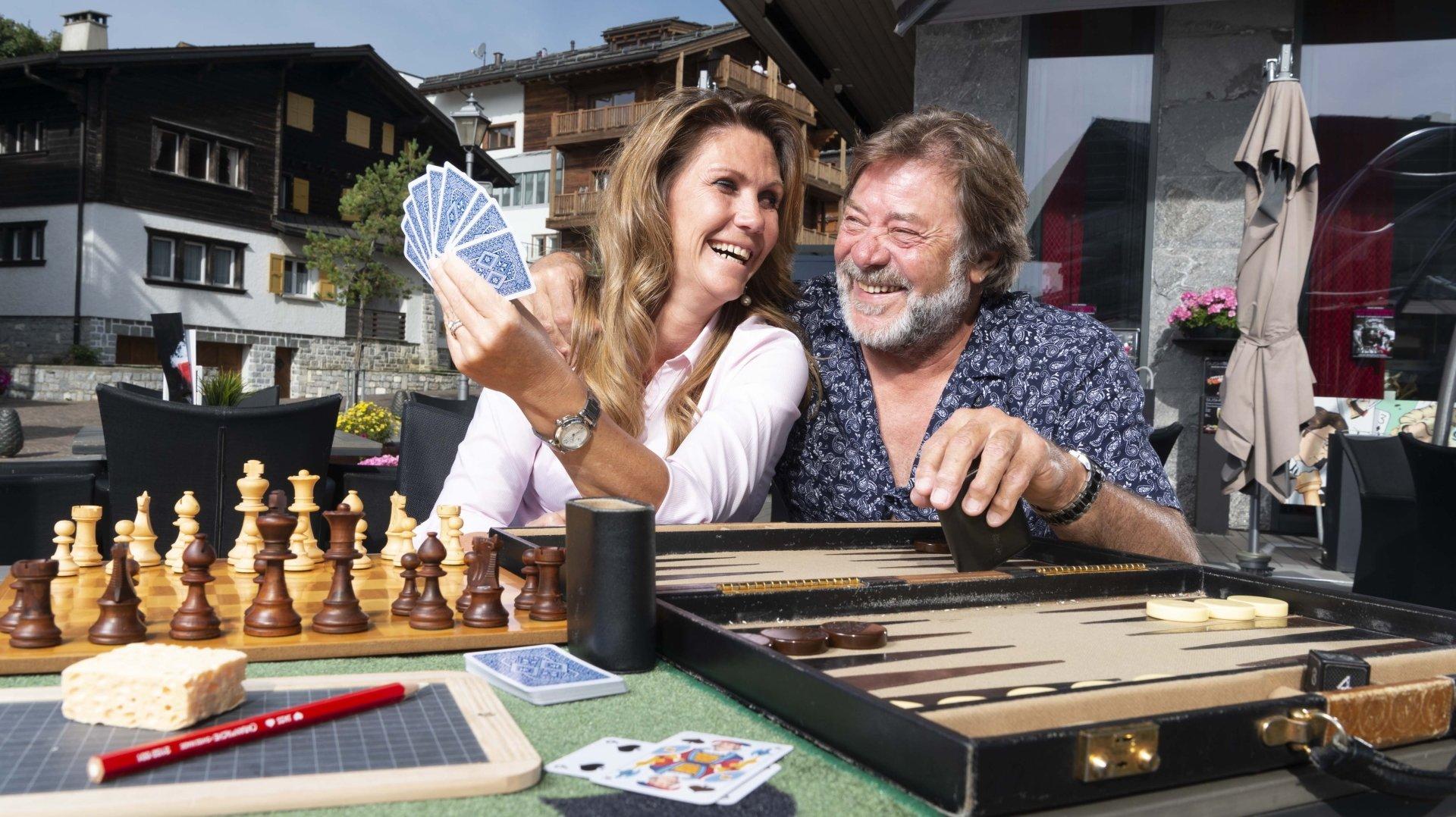 Avec le Crans-Montana Strategic Games Festival, Aurore Donné et Gérard Duruz feront la part belle au backgammon, aux échecs, au bridge et au jass.