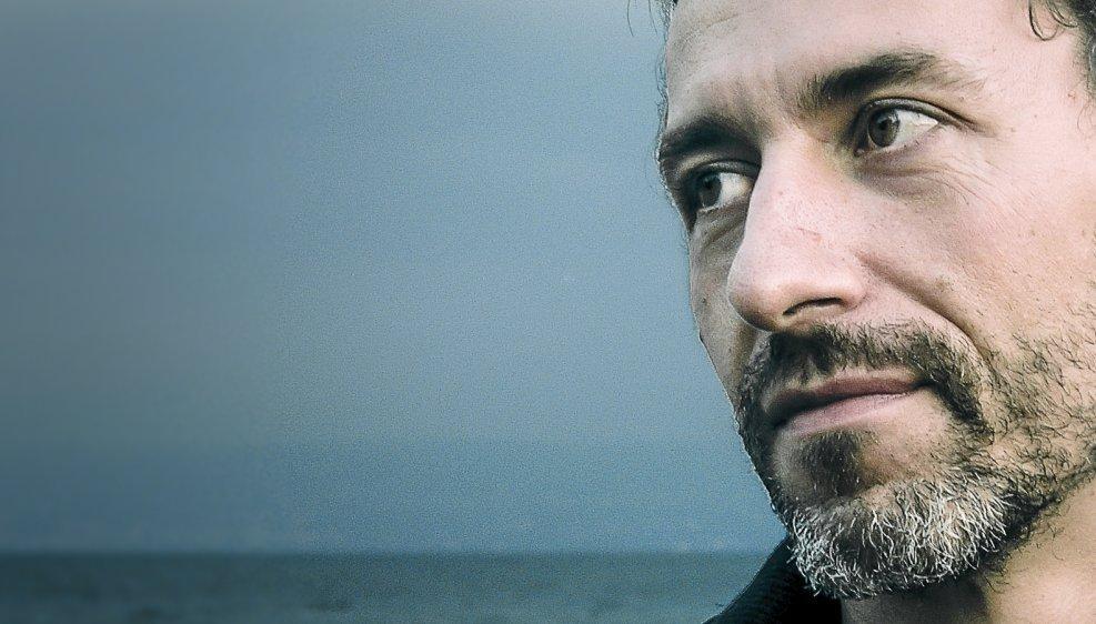 Yannick Delez, autodidacte dans l'âme devenu érudit, reste farouchement attaché à une approche libre de la musique.