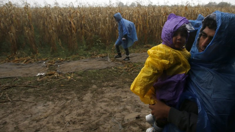 Le manque d'eau pousse ainsi les populations des zones non côtières et de l'intérieur à partir. (illustration)
