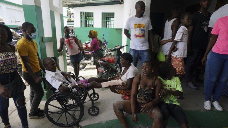 Séisme à Haïti: la Suisse envoie des renforts et débloque 1 million