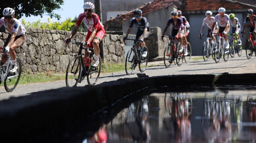 Le Français Clément Champoussin a remporté samedi à 23 ans sa première victoire professionnelle lors de la 20e et avant-dernière étape du Tour d'Espagne.
