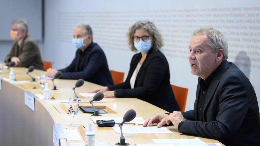 Coronavirus: embellie, mais la 4e vague n'est pas terminée en Suisse