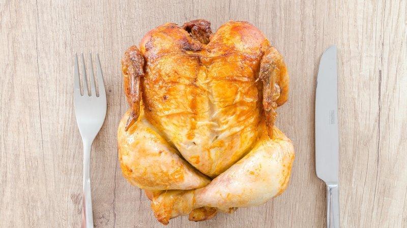 Santé: les Suisses mangent trop de poulet et boivent trop d'alcool