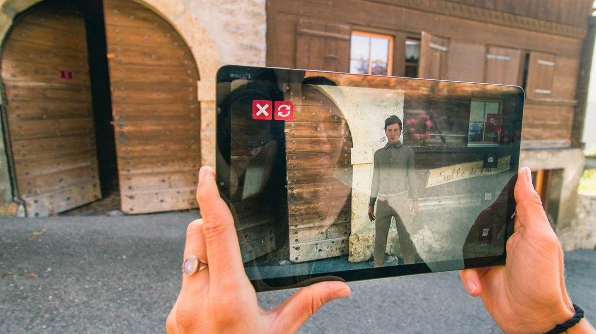 Gryon propose depuis le mois d'août un jeu d'enquête en plein air unique en son genre, qui utilise les technologies avancées de réalité augmentée.