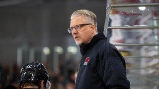 Per Hanberg, l'entraîneur rassembleur du HC Viège